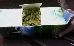 luikje in melkpak - compost maken
